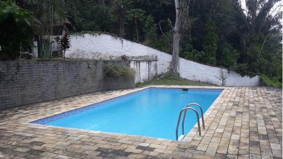 Fazenda Em Alto Da Serra, Petrópolis/rj De 750m² 3 Quartos À Venda Por R$ 600.000,00 - Fa322769