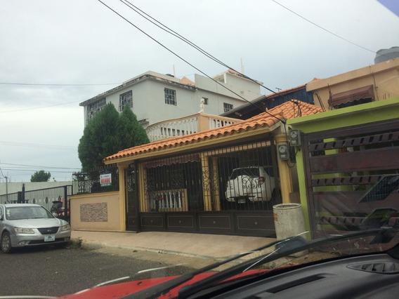 Casa De Dos Niveles Aut De San Isidro En Prado Oriental