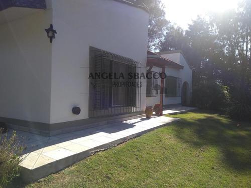 Imagen 1 de 25 de Hermosa Casa En Barrio Altos De Robles