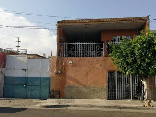 Casa En Venta La Col. Echevarria.
