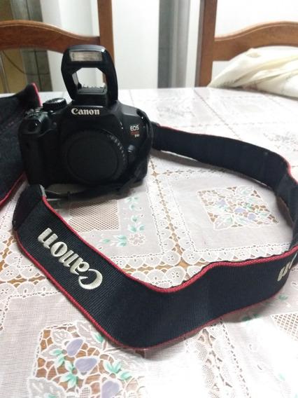 Camera Canon T4i