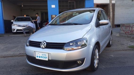 Volkswagen Fox 1.6 Nafta Gris Plata 5 Puertas Automatico