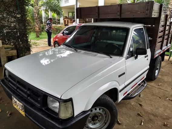Mazda B2200 1996