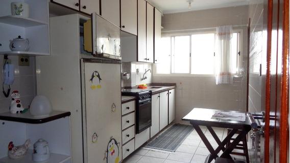 Apartamento 2 Dormitórios, 2 Banheiros, Piscina, Guilhermina