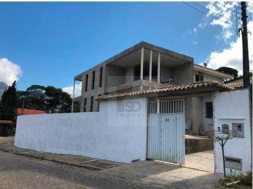 Casa Com 5 Dormitórios À Venda, 420 M² Por R$ 900.000,00 - Golfe - Teresópolis/rj - Ca1105