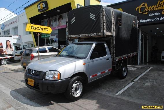 Nissan Frontier Np300 Estacas