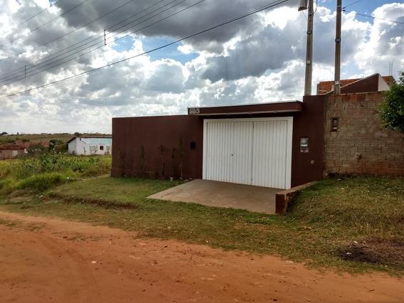 Area De Lazer Em Pirajui Com Casa Em Contrução.