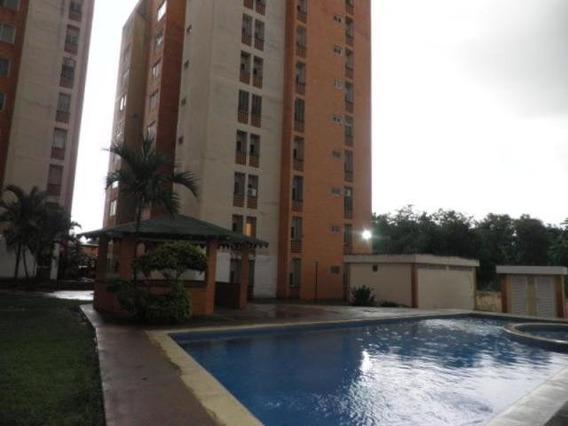 Apartamneto Urb El Rincon 20-225 Jjl