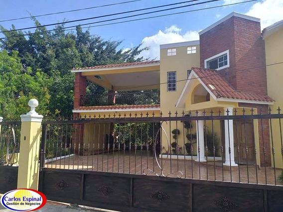 Casa De Alquiler En Jarabacoa, La Vega, República Dominicana