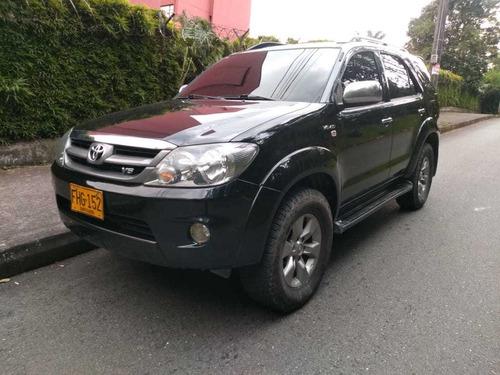 Toyota Fortuner 2008 4.0 Sr5