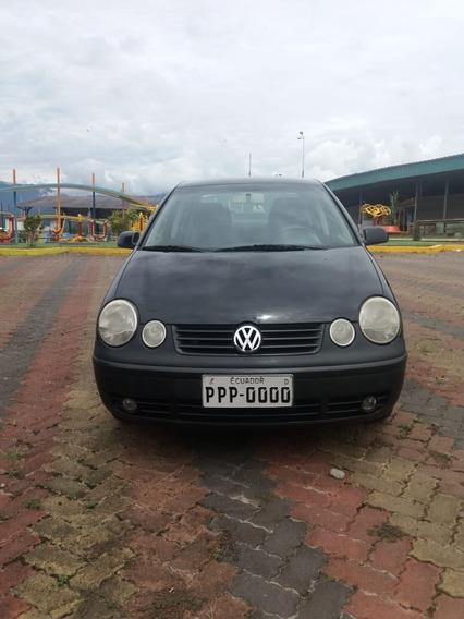Volkswagen Polo Sedan Motor 1.6 2004 Negro 5 Puertas