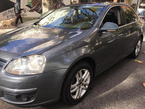 Volkswagen Vento 2.5 Luxury 170cv. Unica Mano. Año 2009