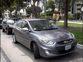 Hyundai Accent Hatchback 2015 Comprado 2016 Solo 21000 Km