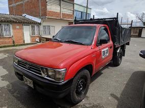 Toyota Hilux Estacas
