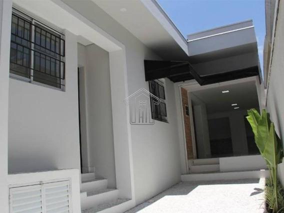 Casa Térrea Para Locação No Bairro Centro Scs - 10551