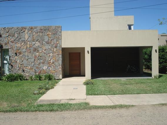 Casa A 10.minutos Del Centro De Santa Fe , En El Paso