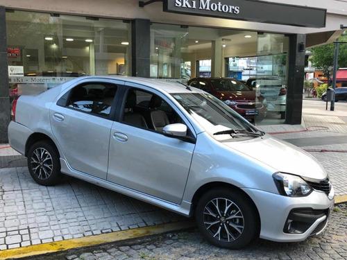 Toyota Etios 2018 1.5 Sedan Platinum At 4 Puertas Gris Plata