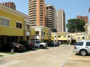 Andreaq Alquila Hermosa Casa En Villa Cerrada #19-19852