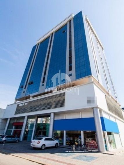 Sala Comercial Centro De Navegantes - Msc-034