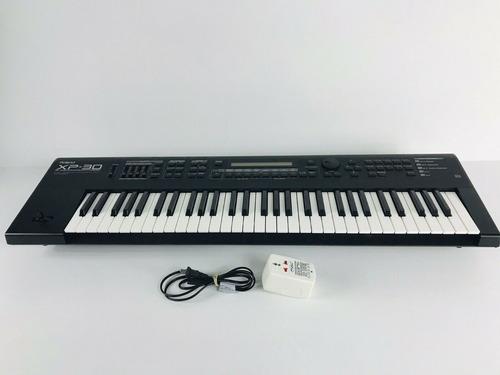Roland Xp-30 Xp30 De 61 Teclas Teclado Sintetizador