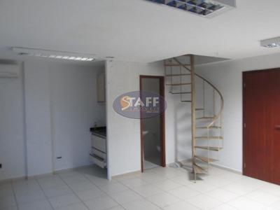 Sala Comercial Para Locação Fixa, Bairro Passagem, Cabo Frio-rj. - Sa0026