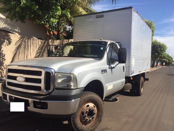 Caminhão F-4000