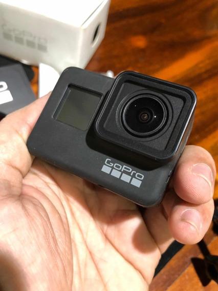 Câmera Ação Gopro Hero 7 Black + Cartão 64gb + Acessórios