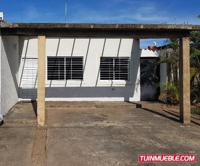 Vendo Casa Urb Monterrey Maturin