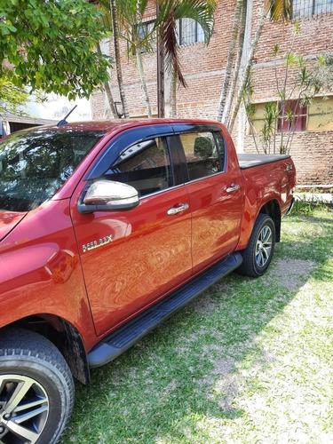 Toyota Hilux 2.8 Cd Srx 177cv 4x4 At 2016