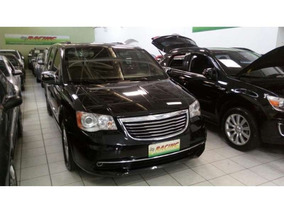 Chrysler Town & Country Limited 3.6 V6