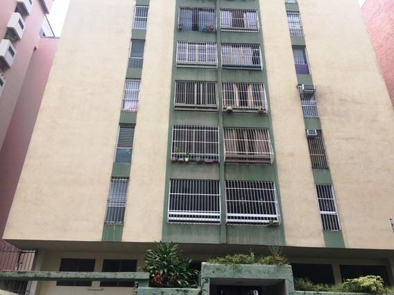 Apartamento En Alquiler , Urb Prebo