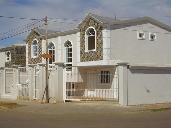 Mls # 20-3910 Casa En Venta En Coro Centro