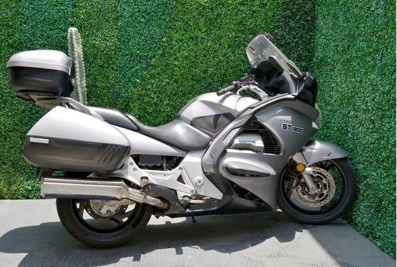 Equipada Honda St 1300 Pan European