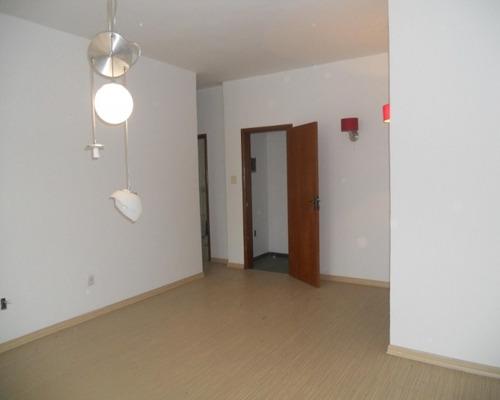 Casa Com 3 Quartos Quintal Vagas, 239m²  - Piedade - Aec3067