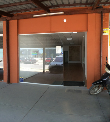 Local Comercial En San José De Carrasco