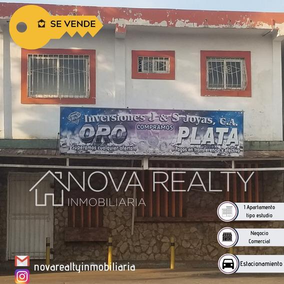 Local Con Apartamento Tipo Estudio En Venta Sierra Maestra