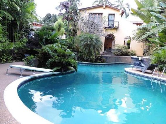 Casa En Venta Country Club Mg3 Mls19-6149