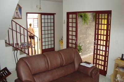 Casa Para Venda, 3 Dormitórios, São Benedito - Guaratinguetá - 847