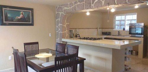 Casa Sola En Venta En Huitzilac $2,000,000