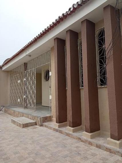 Aluguel Casa 3 Quartos - Bairro Papicu