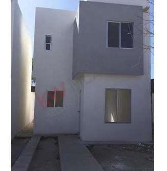 ¡nueva! Casa En Venta, Gómez Palacio, Cerca Del Imss 43