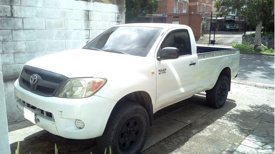 Toyota Hilux 2,7 2trf Pick Up Año 2007