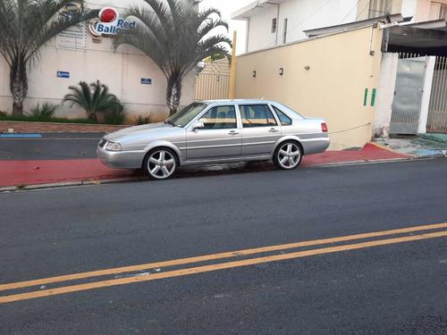 Volkswagen Santana 2002 2.0 4p