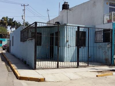 Renta De Casa En Esquina Col. Villas De Nuevo Mexico