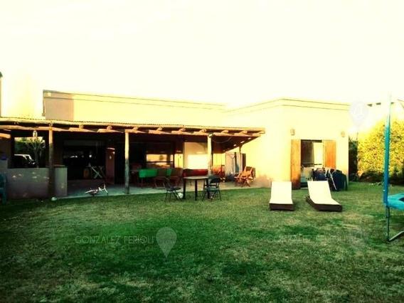 Casa En Alquiler Ubicado En Pilar, Pilar Y Alrededores