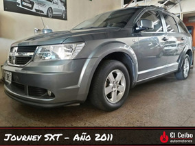 Dodge Journey 2.4 Sxt Rural 5 Puertas