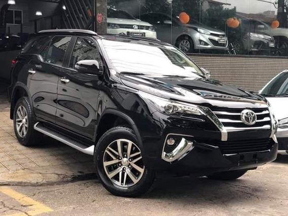Toyota Hilux Sw4 Srx 2.8 Tdi Diesel 7 Lugares