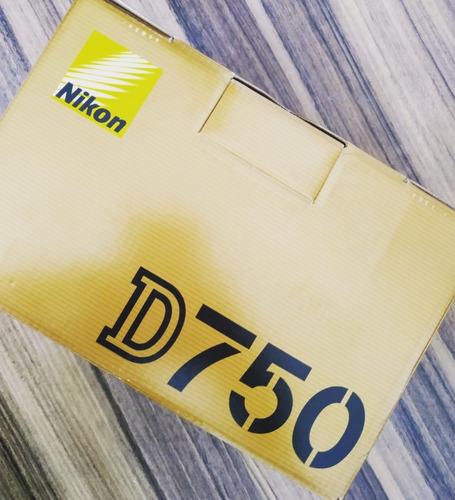 Nikon D750 Corpo (usado)