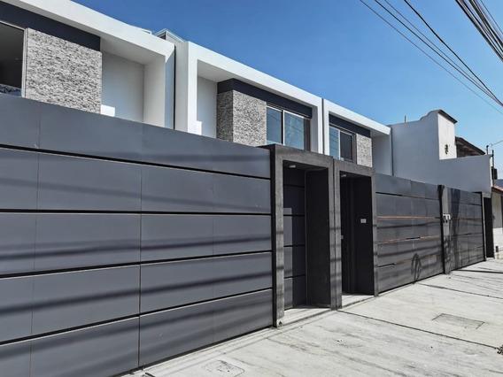 Casa Moderna Con Jardín, Cuarto Completo Pb