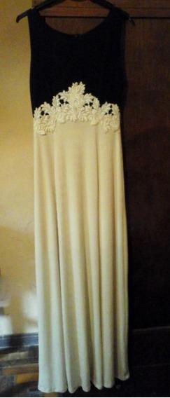 Vestido De Fiesta De Tela Elastizada Con Detalles De Guipur
